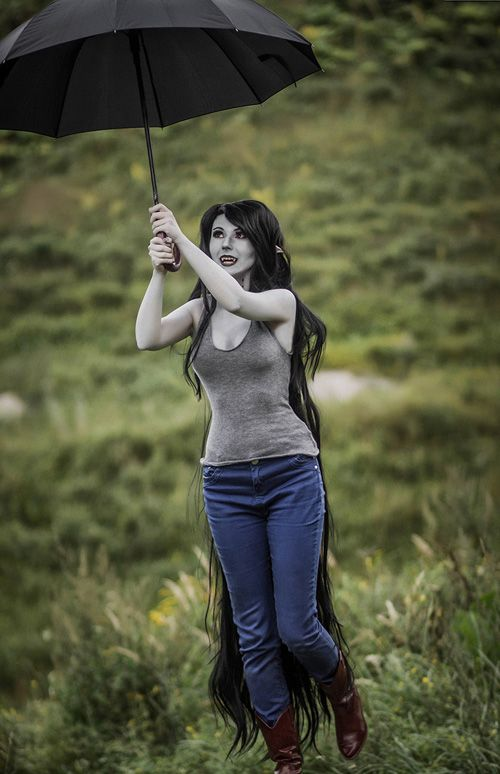 Marceline Cosplay http://geekxgirls.com/article.php?ID=7702