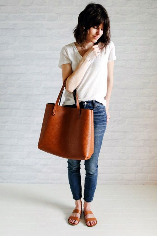 Minimalist Wardrobe >> 12 Awesome Minimalist Fashion Style Ideas For Women