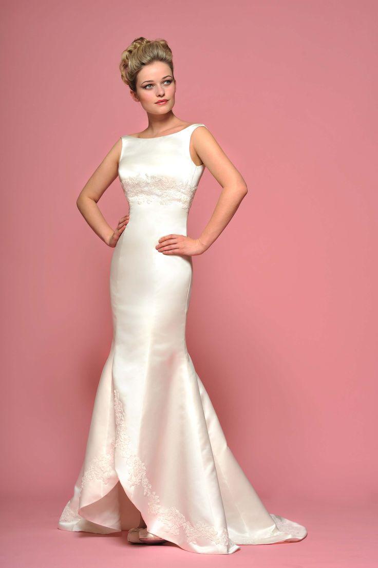 64 best vestidos de novia images on Pinterest   Short wedding gowns ...