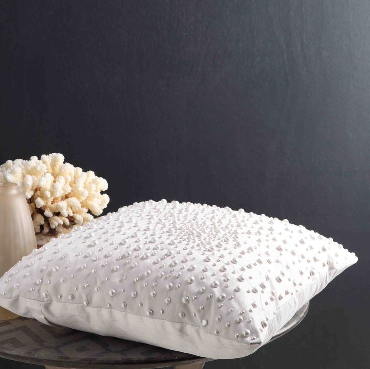 PRIVATE COLLECTION - Oriana Cushion Set #white #Linen #bedroom #floral #bed #décor #style #fashion