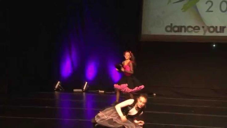 Sa dansam chitara mea  Danseaza - Giulia Dumitrache si Bianca Mara Soceanu Coregrafia - Angelica Elena Mihale Muzica - Temistocle Popa Canta - Dan Spataru #Dancers #dance #dancefestival #RomanianDanceFestival #RomanianDanceCompetion