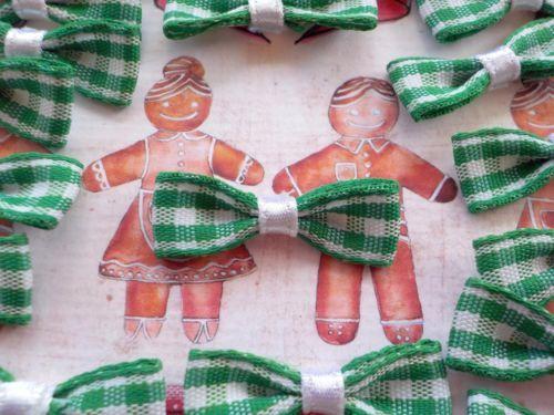 50 Mini Tartan Fabric Bows Christmas Card Making Scrapbook Craft Embellishments