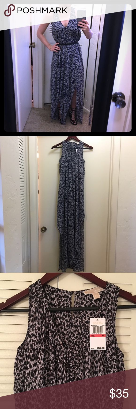 NWT Michael Kors Leopard maxi dress Looks great belted (belt not included). V neck leopard dress. Size XS. Approx 58 inches in length. Michael Kors Dresses Maxi