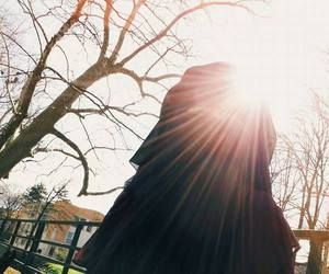 Niqabi in the sun
