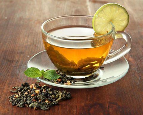 TIPS ΓΙΑ ΑΠΟΤΟΞΙΝΩΣΗ ΑΠΟ ΤΑ ΚΙΛΑ ΤΩΝ ΠΑΣΧΑΛΙΝΩΝ ΕΟΡΤΩΝ -Πίνετε 5 φλιτζάνια πράσινο τσάι (χωρίς ζάχαρη) καθώς οι κατεχίνες που περιέχει ενεργοποιούν τα γονίδια καύσης του λίπους της κοιλίας και επιταχύνουν την απώλεια βάρους κατά 77%. -Πίνετε τουλάχιστον 1½ λίτρο νερό κατά την διάρκεια της ημέρας εμπλουτισμένο με χυμό λεμονιού. -Καταναλώστε, καθημερινά άπαχη πρωτεΐνη, όπως άπαχο ψάρι, άπαχο κρέας και ασπράδια αυγών. http://www.dnacenters.gr/site/formes/landing-revital.html