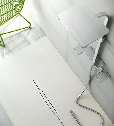Silex Privilege Collection shower tray in white color  Privilege gratings