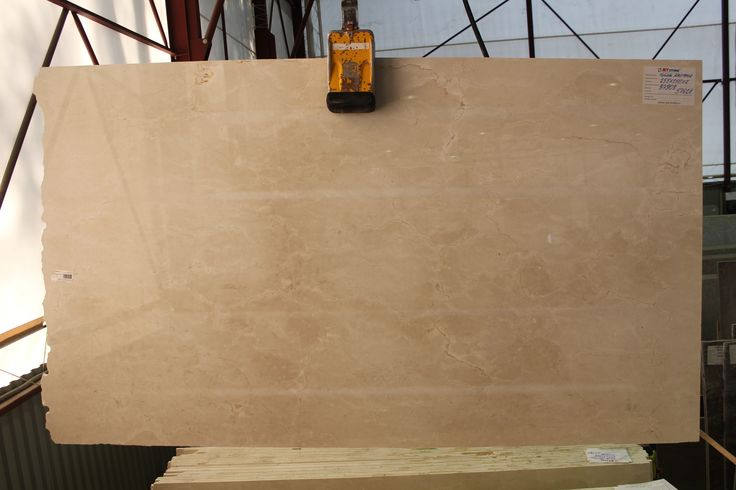 Бежевый мрамор Крема Марфил. #Мрамор #Marble #Marmor #Marbre #Marmo #Marmol Beige marble from Spain. http://www.jet-stone.ru/mcatalog/mramor/all/all/all/all