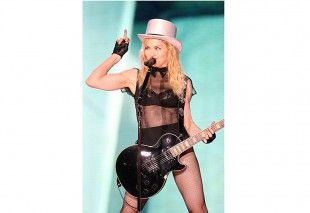 Madonna wearing her Fantasie Belle bra on the Sticky & Sweet tour.
