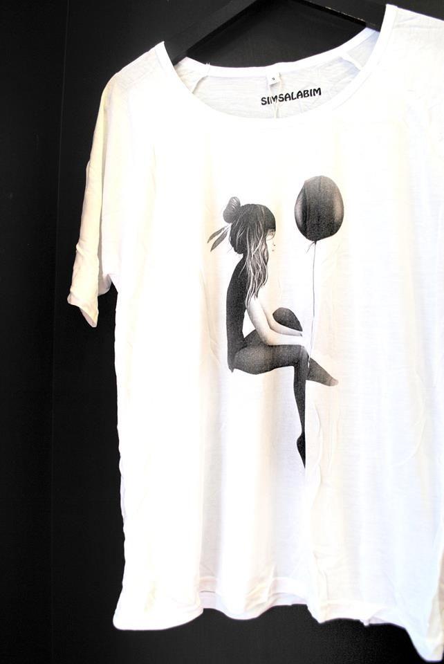 """Balloon Girl"" 3/4 sleeve tencel top."