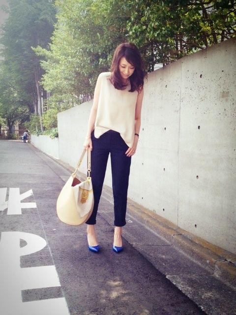トリアセダブルクロスノースリーブ Plage ストライプパンツ   KULE(Plage) ベルト  J&M DAVIDSON 靴      SAINT LAURENT バッグ   CELINE