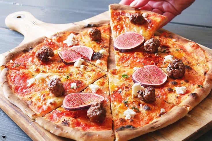 Wir haben eine 35-Minuten-Pizza für euch, die viel günstiger, viel schneller und viel leckerer ist als vom Lieferdienst ist.