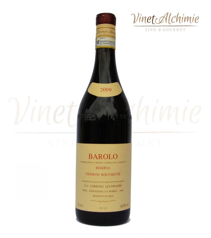 DENOMINAZIONE:Barolo D.O.C.G.        UVAGGIO:100% nebbiolo        GRADAZIONE: 14,5 %        VINIFICAZIONE:Vinificazione tradizionale. Lunghe macerazioni        AFFINAMENTO:Botti grandi. Non ha specifici protocolli. Il Cavaliere imbottiglia quando ritiene che il vino sia pronto        CONSIGLIO DEL SOMMELIER:Accostamento top con il bollito e carni