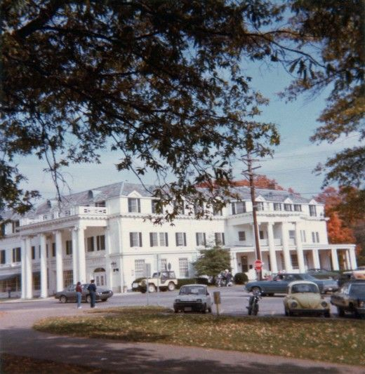 Boone Tavern, a historic restaurant and hotel operated by Berea College students. The number of people I have run across over the years who are familiar with this attraction has surprised me. berea college ky