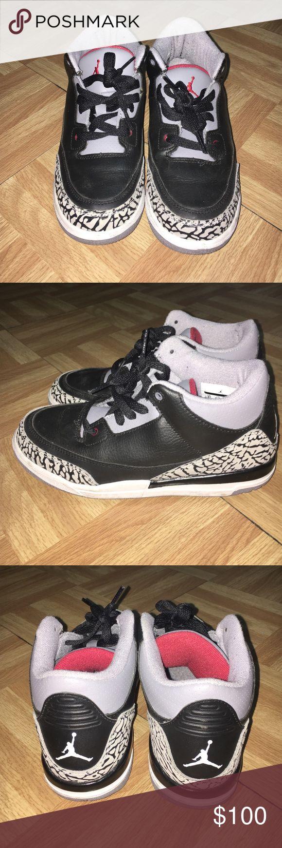Retro Cement 3 Jordans Size 3 in youth. Excellent condition! Jordan Shoes Sneakers