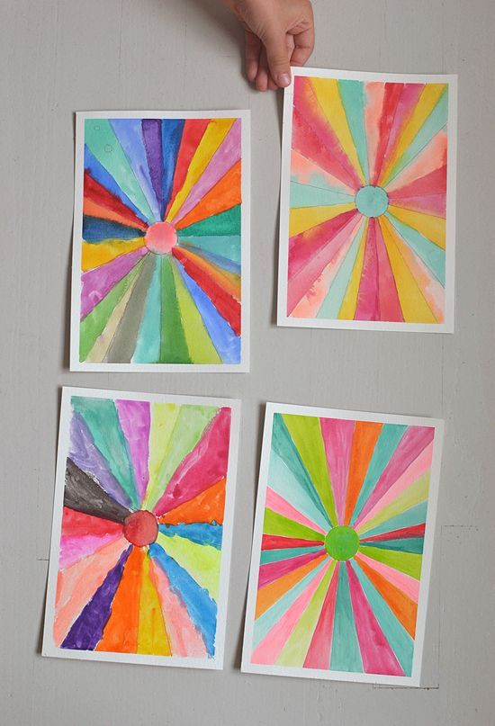 DIY sunburst paintings ~ make converging lines with a ruler then paint with watercolors | @artbarblog for small for big