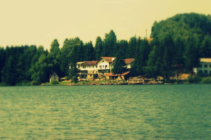 Lacul Trei Ape – evadarea din weekend a timișorenilor