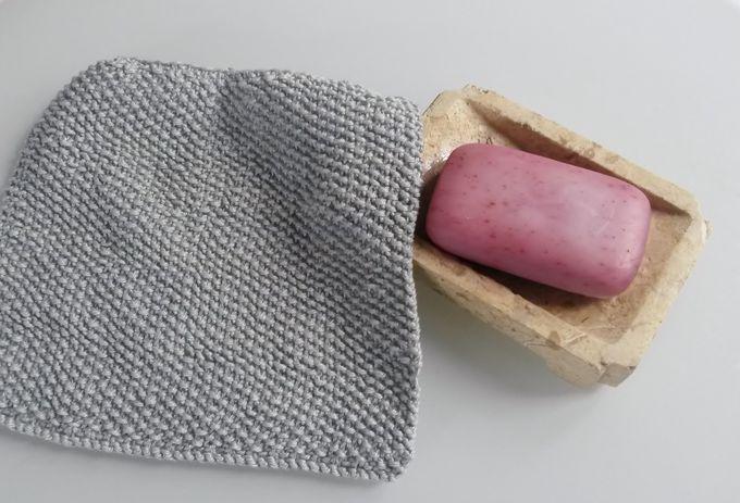 Knitting dishcloths: Zero Waste in the kitchen