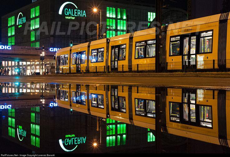 RailPictures.Net Photo: Berliner Verkehrsbetriebe (BVG) BVG, class 8000 at Berlin, Germany by Lorenzo Barsotti