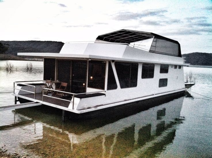 Calibre houseboat (for sale).