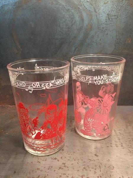 Adorable 1953 vintage Howdy Doody promotional Welch's juice glasses! This set of two include 1 red and 1 pink. These glasses came in rainbow colors including red, pink, yellow, blue, green, and orange. Each glass has a different Welch's song tag along the top. Perfect piece of mid century pop culture!