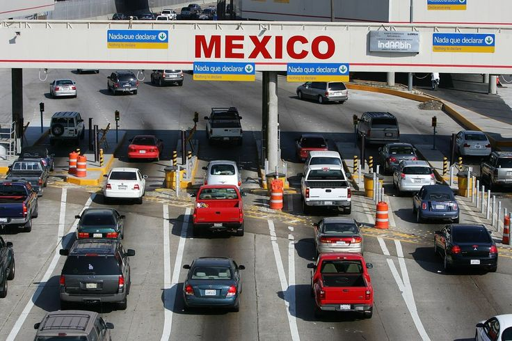 LAPD Officer Arrested Trying To Smuggle Man Into Country