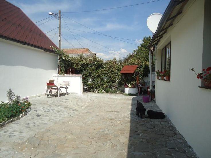 Vanzare casa Sanpetru central