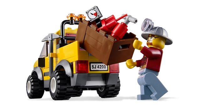 LEGO.com City Products - Mining - Mining 4x4