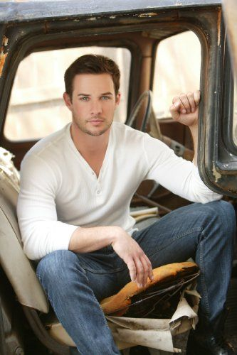 "Ryan Merriman, anyone remember him from Disney Channel's ""Smart House"" and ""Luck of the Irish""?"