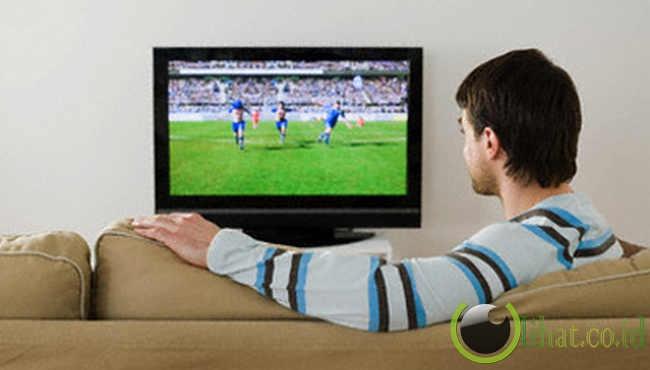 7 Pengaruh Kesehatan Akibat Nonton Televisi