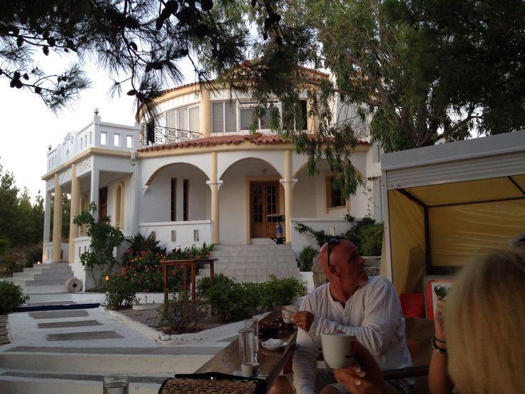 Mylos Bar in Kretinia