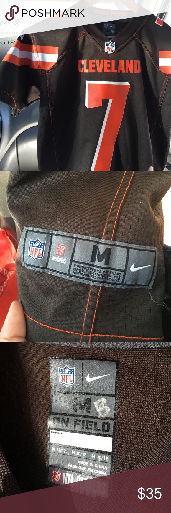 NFL Cleveland Browns Remi Jersey normal condition. only flaw is very minor peeling on 'cleveland' lettering. otherwise great condition.  pit to pit measures 18.5in & shoulder down measures about 23in. tag says medium.  casual jersey for cleveland fans. 🏉 NFL Shirts Tees - Short Sleeve