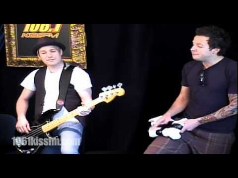 "Simple Plan ""I'd Do Anything"" 1061kissfm.com - YouTube"