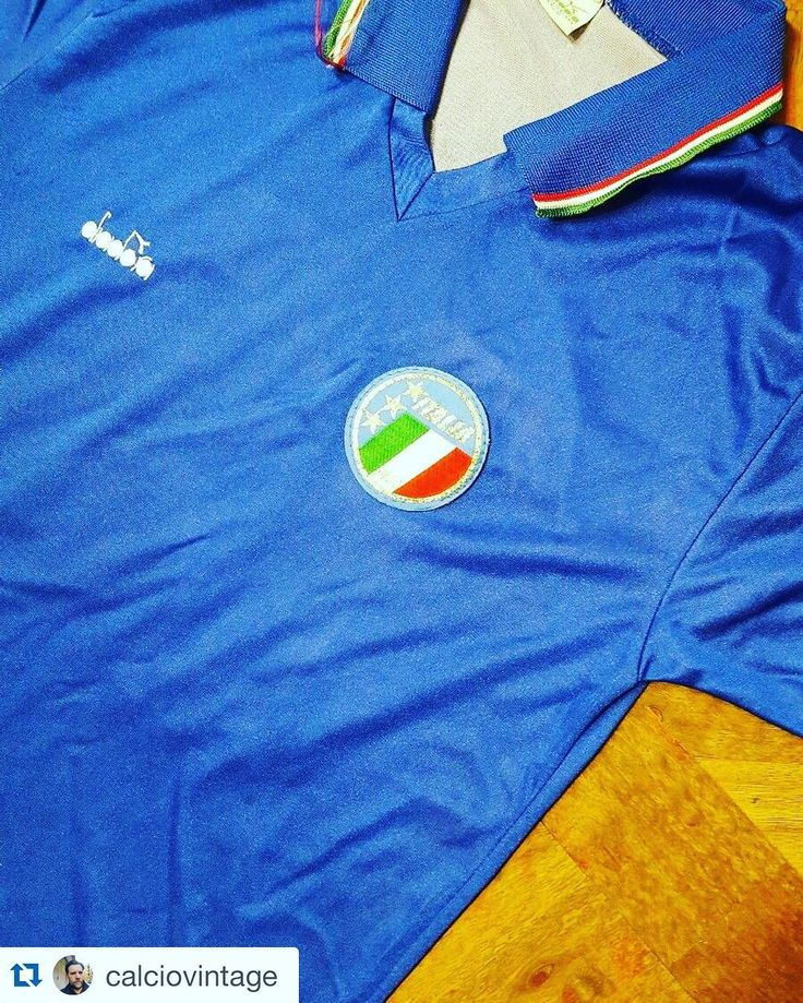 #Repost 1990 Italy football shirt from @calciovintage  I'm selling Italia SCHILLACI shirt number 19 on back 1990 #italianshirt #italia #schillaci #serieA #diadora #vintageshirt #memorabilia #footballshirt #oldfootballshirts #classicfootball #matchworn #worldcup #italia90 #italy90 #footballshirt #football #footballshirtcollective