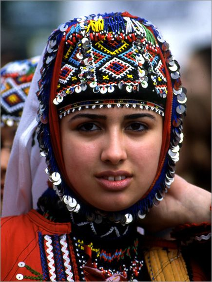 Traditional festive headgear of the Karakeçeli villages in the district of Keles (south of Bursa). Clothing style: mid-20th century.m