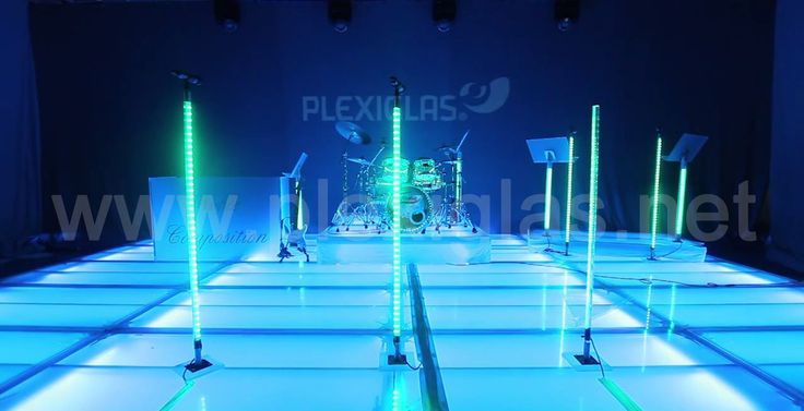 Feel like going to a #gala event? Fine food, suit, evening gown, a room full of atmosphere and extraordinary music? https://www.youtube.com/watch?v=ndjU8Q5hfCA What's missing? #PLEXIGLAS®!  At the performances of the #Noble #Composition music orchestra, the PLEXIGLAS® stage adapts to the music.
