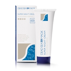 Mineral-rich formula for extra hydration during the night. Apply before bedtime to give skin an extra boost and let the Dead Sea minerals work their magic throughout the night. Enriched formula to give extra nourishment to dehydrated skin. It is rich and nourishing to revitalise tired looking skin.