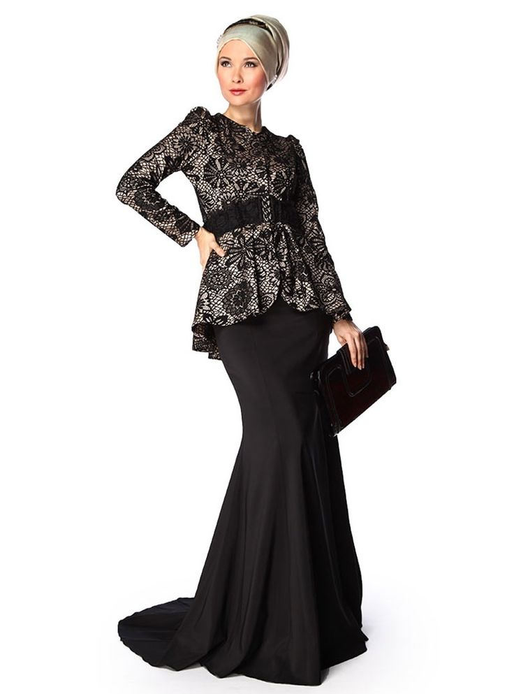 Hijab dress in black