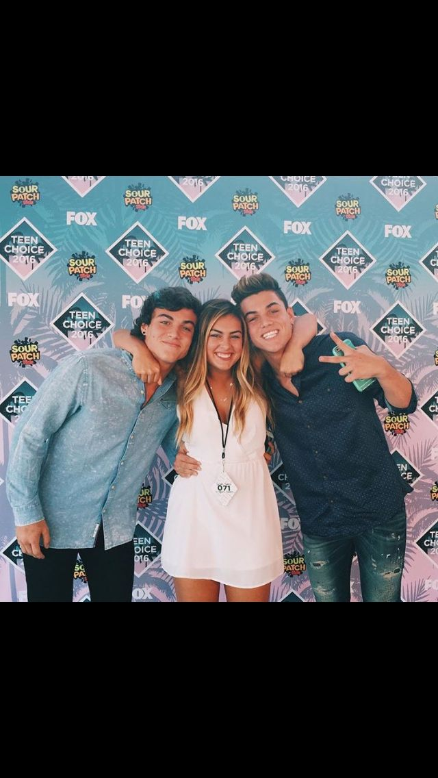 Ethan and Grayson Dolan. Last night they won two teen choice awards. (7-31-16) Choice YouTuber and Choice Male Web Star. I AM SO PROUD OF THEM ❤️❤️❤️. They have come so fair, I love them ❤️.