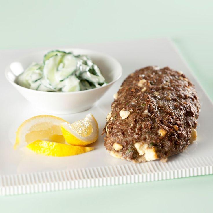 Græsk farsbrød med tzatziki og ovnstegte kartofler