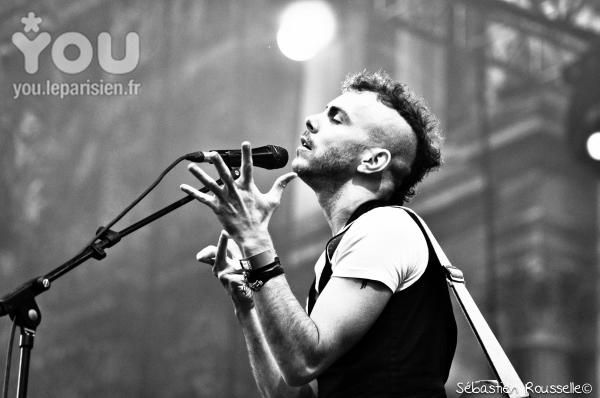Asaf Avidan, maybe the most beautiful concert I have ever seen... his voice is soooo incredible