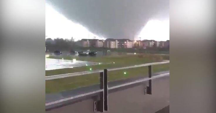La Louisiane a été frappée par des vents violents et plusieurs tornades. L'une d'entre elles était d'une ampleur exceptionnelle.