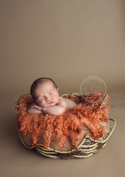 Image of MADE TO ORDER - EDGE CURLS - Gorgeous BURNT ORANGE shades - Curly layer - 100% wool - FLOVELIES
