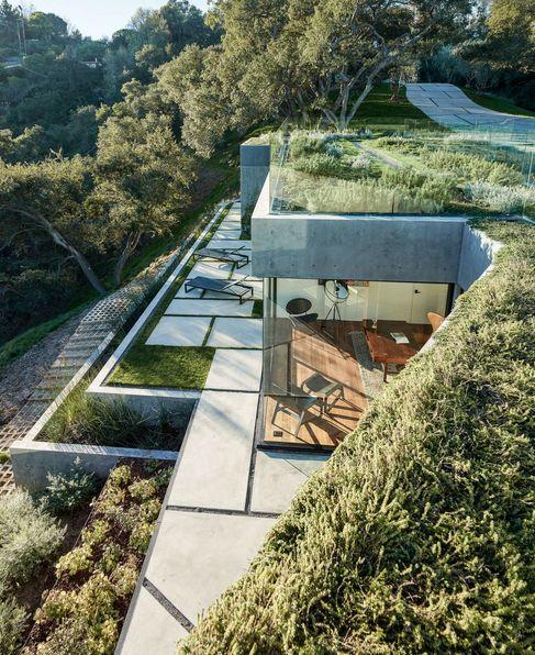 Une maison californienne intégrée à son paysage ! #dccv #ducotedechezvous…