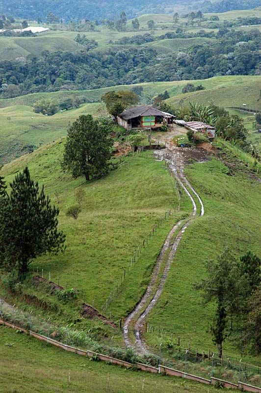 The hill house - Lebrija, Santander- Colombia