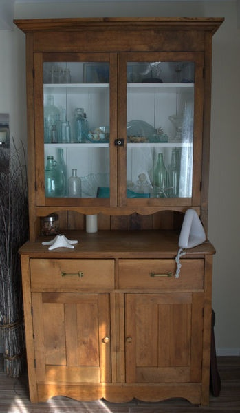 Dining Room Hutch See More Kijiji Beautiful Antique