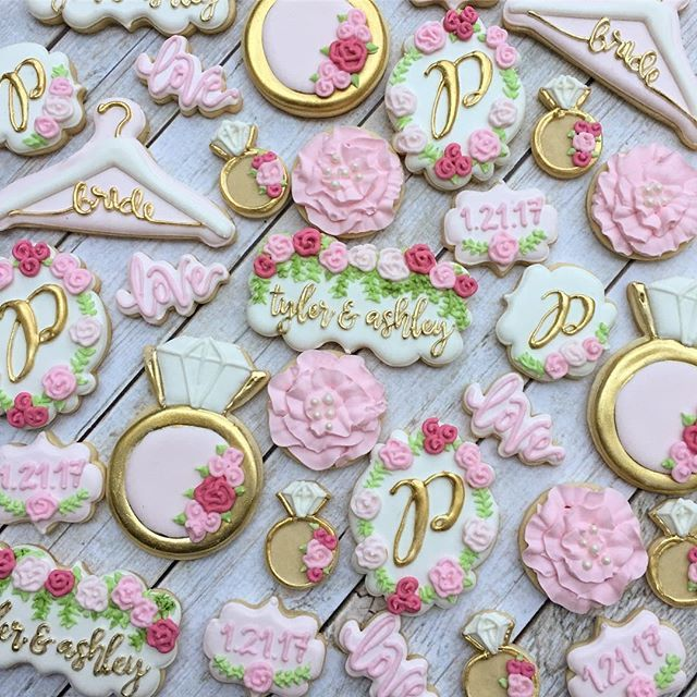 Pretty bridal shower cookies