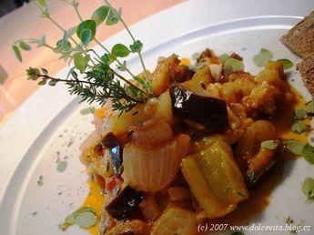 Ratatouille (ratatuj) - specialita jižní Francie z kraje Provence