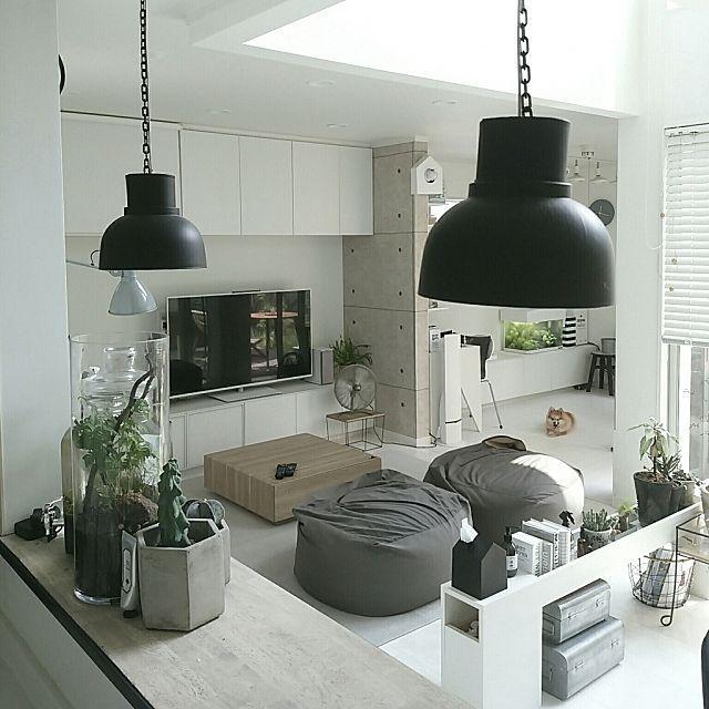mi-さんの、Kitchen,無印良品,グリーン,サボテン,ハンドメイド,DIY,モノトーン,グレー,ポメラニアン,手作りランプ,ボトリウムについての部屋写真