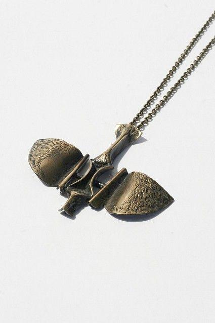 Kalevala Koru ~Bronze vintage necklace, 1970's. | NordlingsAntik.se