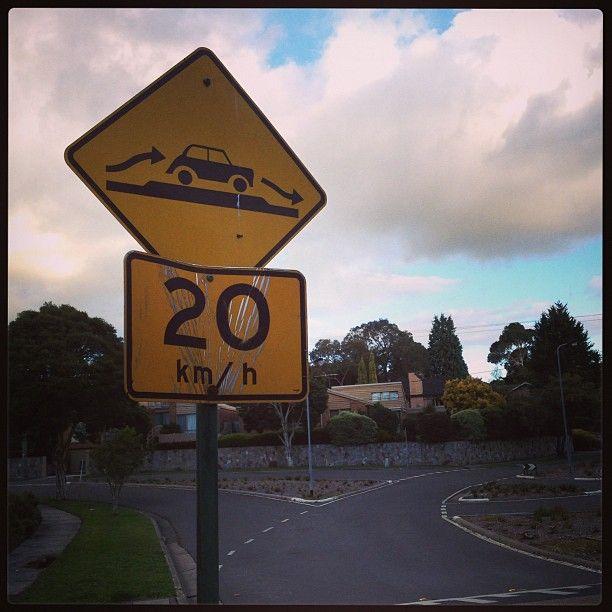 Panneau de circulation #australie #panneau (à Mount Waverley) #australia